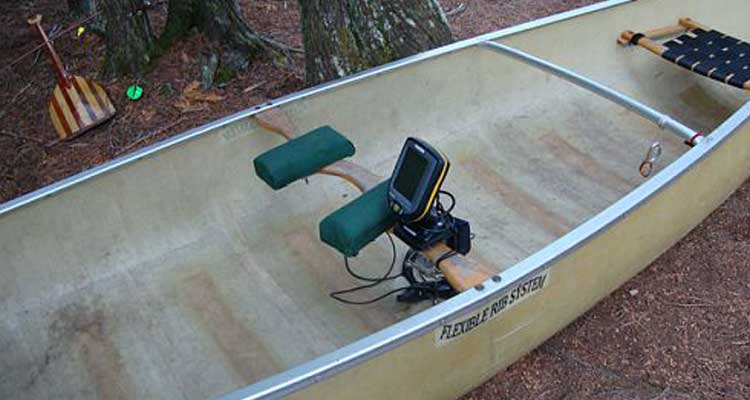 Best Fish Finder For Canoe
