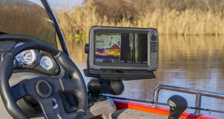 best fish finder for bass boat